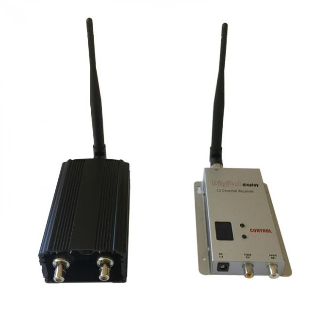 900Mhz / 1200Mhz Wireless Analog Video Transmitter and Receiver with 2000mW RF for Long Range